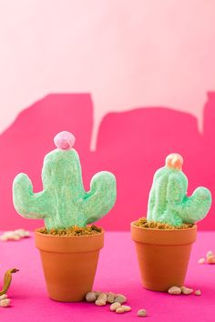 DIY cactus peeps perfect for spring and summer. I might consider liking peeps if they were shaped like saguaros!
