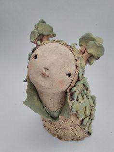 par anne-sophie gilloen Art Corner, Pottery Classes, Clay Design, Paper Clay, Art Plastique, Biscuit, Animal Drawings, Ceramic Art, Garden Art