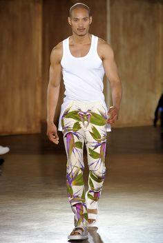 f20306641e8a Farfetch - For the Love of Fashion