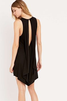 Silence + Noise Superpower Drape Back Dress in Black - Urban Outfitters