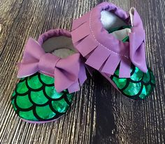 Baby girl mermaid shoes, baby girl moccs, baby girl moccasins, crib shoes, newborn girl shoes, mermaid birthday outfit, purple baby moccs by GabisHeadbands on Etsy https://www.etsy.com/listing/462431241/baby-girl-mermaid-shoes-baby-girl-moccs