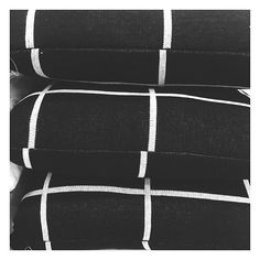 """The Bargain Diaries on Instagram: """"Fellow grid lovers, check out these new $20 cushions from @targetaus! Grid + Monochrome = Perfection . #target #targetaus #thebargaindiaries #cushions #homedecor"""""""