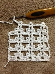 Something completely different from what I usually do crochet crochetaddict craftastherapy yarn diy cotton pink virka garn… Crochet Motifs, Crochet Diagram, Crochet Stitches Patterns, Crochet Squares, Filet Crochet, Irish Crochet, Crochet Designs, Stitch Patterns, Diy Crafts Crochet