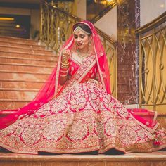 Charming❤️  @the_story_weavers  #charming #gorgeous #lehenga #bride #beautifulbride #weddings #weddingseason #weddingday #bridalfashion #bridalmakeup #jewelry #lookoftheday #ootd #redlehenga #perfect #photography #thestoryweavers #functionmania #instagood #like #comment #follow
