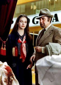 """Carole Bouquet & Fernando Rey en """"Cet obscur objet du désir"""" (1977). País: Francia. Director: Luis Buñuel."""