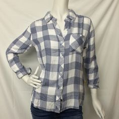 Rails- White and Blue Large Check Button Down Shirt - Suburban Casuals