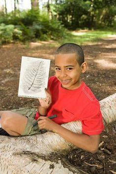 Kindergeburtstag im Wald: Zeichnen