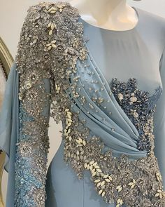 Shop Sexy Trending Dresses – Chic Me offers the best women's fashion Dresses deals Dress Design Sketches, Fashion Design Sketches, Dress Designs, Hijab Fashion, Fashion Dresses, Marriage Dress, Hijab Dress, Quinceanera Dresses, Designer Dresses
