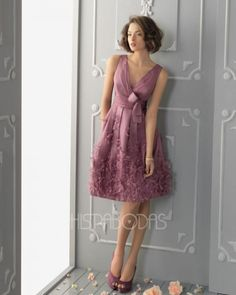 Join the party with the best party dresses express,goddiva party dresses and party dress styles and pay attention to elegant appliques beaded sequins mini style v neck party dresses sash sleeveless formal gowns provided by braw_wedding. Dream Dress, I Dress, Party Dress, A Line Evening Dress, Evening Dresses, Pretty Dresses, Beautiful Dresses, Homecoming Dresses, Bridesmaid Dresses