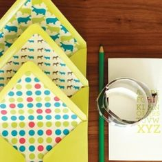 Follow this easy tutorial to line your envelopes with fun graphic paper and add customized-stationary-maker to your list of talents.
