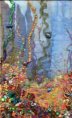 Mix It Monthly Art Challenge: February 2015 Play with fabric - Fabric Crafts Art Fibres Textiles, Textile Fiber Art, Textile Artists, Crazy Quilting, Art Challenge, Fabric Art, Fabric Crafts, Embroidery Art, Machine Embroidery