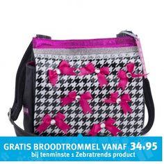 Deze Zebra Trends Schooltas Canvas Kindertas Pied de Poule vind je op www.liefzebraatje.nl