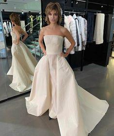Lisa Rinna, Strapless Dress Formal, Formal Dresses, Coming Soon, Instagram, Fashion, Dresses For Formal, Moda, Formal Gowns