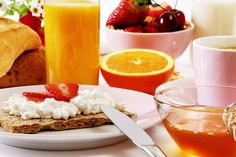 10 ideas for a healthy breakfast Deli Fresh, Fresh Ham, Healthy Breakfast Recipes, Healthy Recipes, Lose Tummy Fat, Ham And Eggs, Catering Food, Stir Fry Recipes, How To Make Breakfast