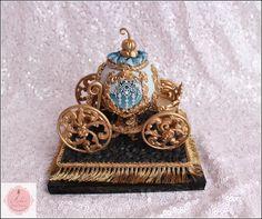 Cinderella Carriage, Cinderella Party, Cinderella Cakes, Carriage Cake, Owl Cakes, Valentine Day Wreaths, Edible Arrangements, Biscuit, Chocolate Art