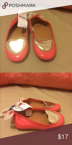 Toddler girl ballet flats Super cute toddler girl ballet flats.. size 6.  Watermelon patent leather with a gold accent heart on the top of shoes.  Looks great paired with dark denim jeans!!! GAP Shoes Dress Shoes