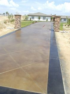 Staining Concrete Driveways - Adding Color to Your Existing Concrete Driveway - The Concrete Network *Amazing i would love this Stained Concrete Driveway, Acid Stained Concrete, Concrete Driveways, Concrete Patio, Concrete Floors, Plywood Floors, Concrete Lamp, Concrete Countertops, Walkways