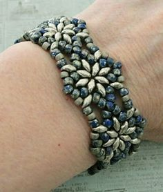 Linda's Crafty Inspirations: Bracelet of the Day: Northern Star - Blue Picasso Beads #cbloggers #jewelryinspo #jewelrymaking #cbloggers