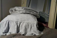 Ruffled striped linen pillow case / Natural by HouseOfBalticLinen Lace Bedding, Linen Duvet, Linen Pillows, Bed Linens, Best Bedding Sets, Comforter Sets, King Sheets, Bed Sheets, Tiny House Furniture