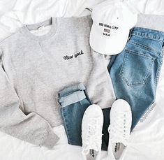 sweatshirt and hat