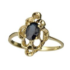 Vintage Blue Sapphire Ring Oval Cut 14 kt. Gold by RegalRings