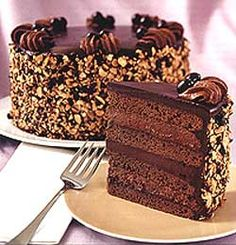 German Chocolate Layer Cake These cake tins are for all occasions from weddings, to Christmas, Anniversaries, Birhtdays, Valentines day etc. The Cheesecake Factory, Death By Chocolate Cake, Chocolate Delight, Chocolate Desserts, German Chocolate, Food Cakes, Cupcake Cakes, Expresso Cake, Sweet Loaf Recipe