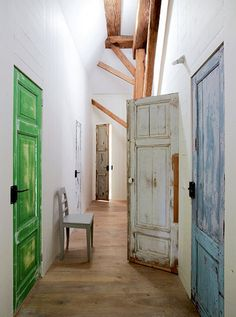 put technique to exit door ....love this  distressed painted doors- looove this