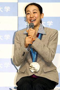 真央が母校中京大で報告会、応援に感謝