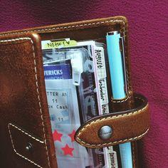 Tabs, why you be hiddin'?! #tablove #filofax #pocket #organizer #agenda #planner #paperaddict