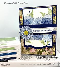 Something a little bit different for me but certainly enjoyed trying something out of my comfort zone. The scalloped edge Framelit is actually from the Magnolia Dies and I love the shape this gives… Rodgers And Hammerstein's Cinderella, Beautiful Cupcakes, Stampin Up Catalog, Flower Center, Stampin Up Cards, Bees, Stamping, Daisy, Card Making