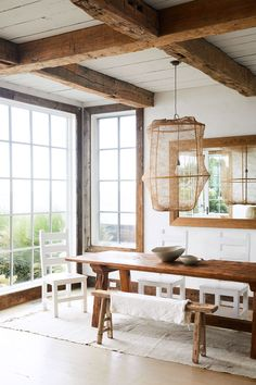 rustic modern dining room photographed by New York-based photographer, Nicole Franzen. / sfgirlbybay
