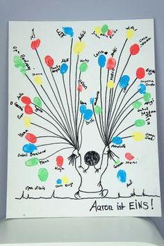Zum 1. Geburtstag ein Bild von allen Gästen als Fingerabdruck!  Deko-Shop: http://www.helavik.de/shop/1-geburtstag/