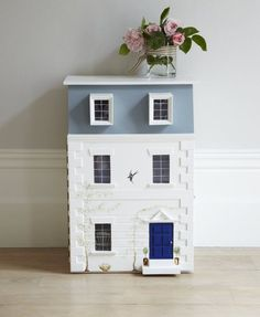 Luxury Children's Furniture & Interiors | Dragons of Walton Street (jt-dolls house bedside table)