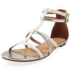 Pimkie.it : Quest'estate il total look bianco è un must. Questi sandali da gladiatore sono le scarpe imperdibili per un affascinante stile monocromatico.