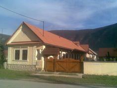 Home Fashion, Traditional House, Ale, Homes, House Styles, Room, Home Decor, Houses, Home