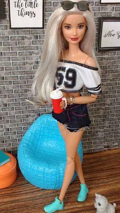 Barbie Model, Barbie Toys, Barbie Life, Barbie Tumblr, Princess Barbie Dolls, Barbies Pics, Barbie Fashionista Dolls, Diy Barbie Clothes, Barbie Family