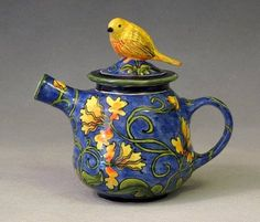 Lovely Yellow Bird Teapot by Deb Kuzyk & Ray Mackie / Lucky Rabbit Pottery, Annapolis Royal, Nova Scotia Ceramic Teapots, Ceramic Pottery, Lucky Rabbit, Teapots Unique, Cuppa Tea, Tea Pot Set, Teapots And Cups, Tea Art, My Cup Of Tea