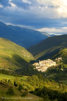 Preci in the Monti Sibillini National Park, Umbria Italy. © Brian Jannsen Photography