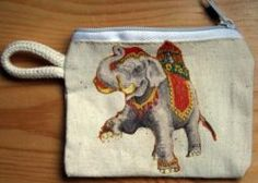 Elefant  http://bastelzwerg.eu/Schluesseletui-mit-Tiermotiv-geschmueckter-Elefant?source=2&refertype=1&referid=60