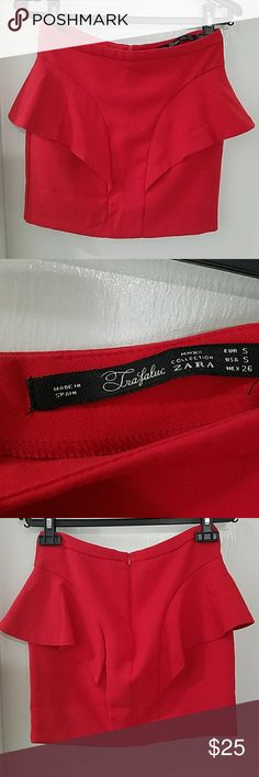 ZARA trafaluc mmxii collection red mini skirt Worn 2x. Amazing condition and super cute on. Made in spain Zara Skirts Mini