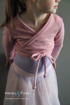 NEW Ballet Sweater pattern and tutorial 6y-12y PDF pattern girl modern shrug, wrap bolero dance. $6,00, via Etsy.