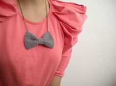 bow necklace.
