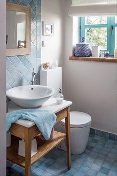 Dom drewniany na wsi_łazienka w stylu rustykalnym_Projekt Joanna Paszko Ochotny_Zdjęcie M jak Mieszkanie
