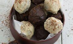hand-rolled-mocha-truffles12