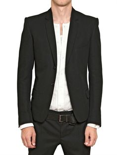 Looks sooo baller with a blazer