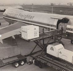 AMERICAN AIRLINES B747 FREIGHTER