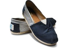 This style of Toms shoes is so smart for you to choose it, and the price is so low, So you can buy it and then you will find more useful things of it,click  the picture and buy the best suitable one for yourself.