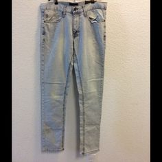 For man EUR 40,USA 31 Fell free for any questions !!! Zara Jeans