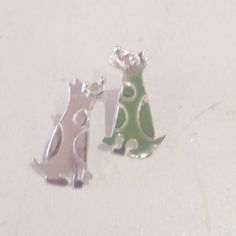 Love these sitting #dog earring studs. So cute and the faces are laughing. £40 but they are silver.