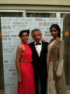 Sonam Kapoor, Freida Pinto,& Cyril Chapuy at Cannes Film Festival 2013 just before walking the red carpet!